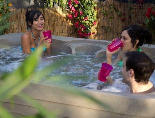 Freeflow Azure 4 Person Hot Tub