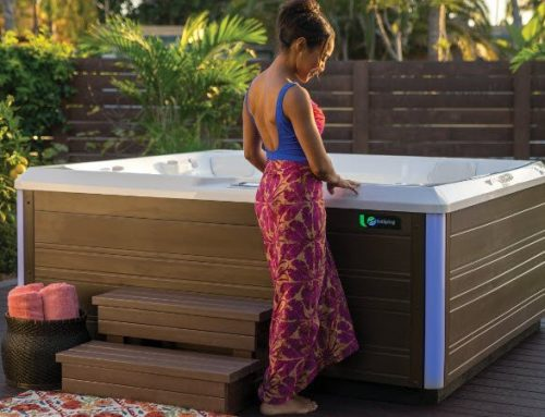 Limelight Flair 6 Person Hot Tub