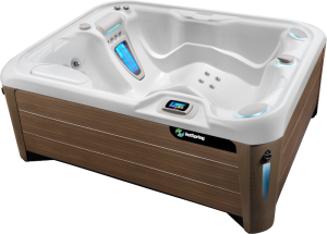 HotSpring-Highlife-2019-Jetsetter-LX-Alpine-White-Walnut-High-Angle